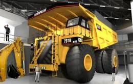 Caterpillar expects tough 2015, restructuringanticipated